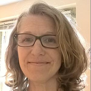 Dr Jennie Hayes (BSc (Hons), MA, MSc, PhD)