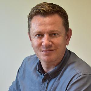 Simon Dickinson